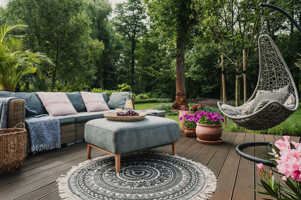 Creating an Outdoor Living Space You'll Love